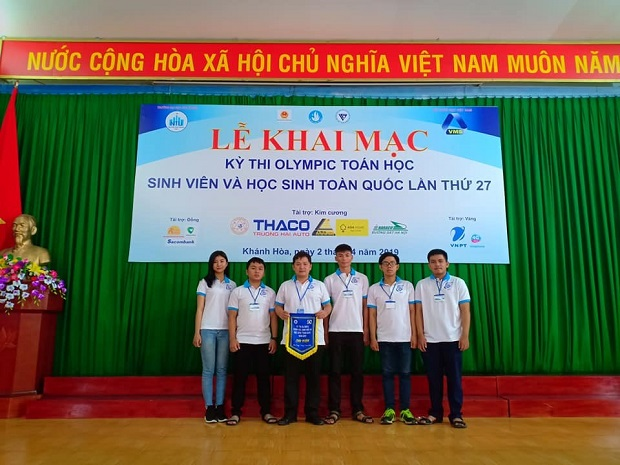 UIT student team is participating in the Competition. Photo: T.Tinh