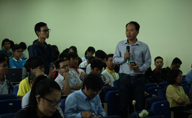 Dr. Ngo Duc Thanh – Dean of the Computer Science Faculty answered the question